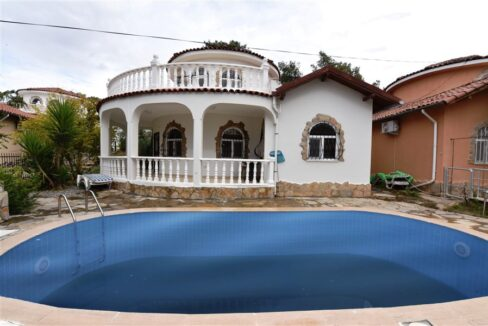 3 Bedroom Furnished Cheap Villa With Private Swimming Pool In Alanya