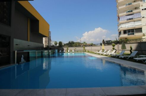 4 Room Fully Furnished Apartment In New Complex In Mahmutlar
