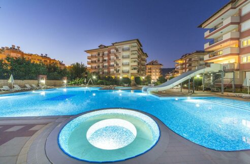 2 Bedroom Furnished Apartment In The Center Of Oba Alanya