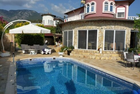 4 Bedroom Villa Eligible For Turkish Citizenship For Sale In Alanya