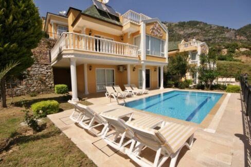 4 Bedroom Villa With Private Swimming Pool For Rent In Alanya