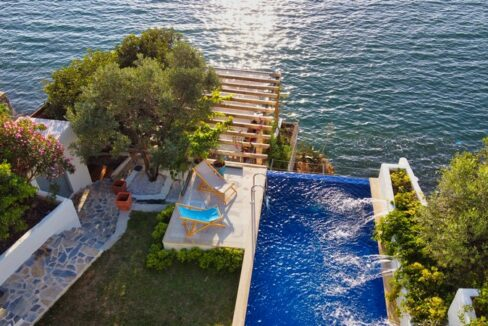 Magnificient Villa With Infinity Pool For Rent On The Island In Fethiye