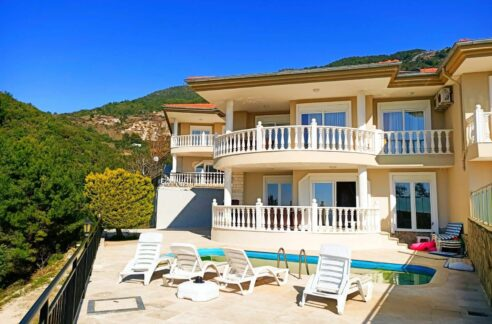 3 Bedroom Brand New Furnished Villa With Private Pool