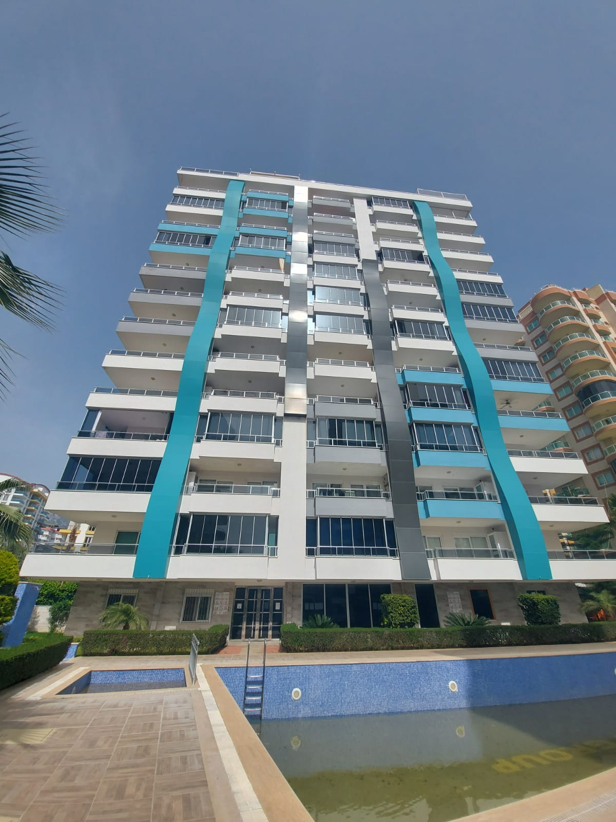 One Bedroom Non-Furnished Apartment for Sale in Alanya Mahmutlar
