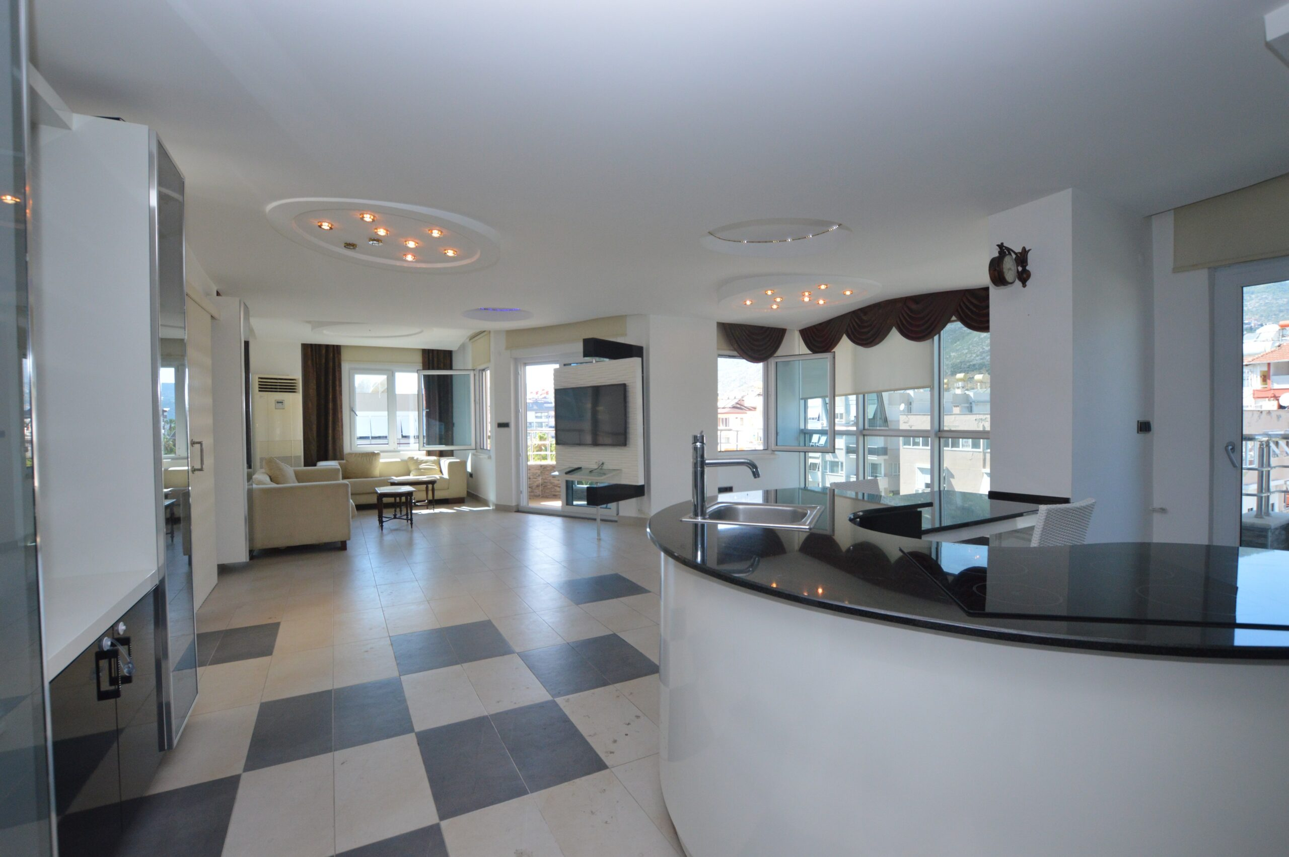 Luxury Penthouse for Sale in the Heart of Alanya